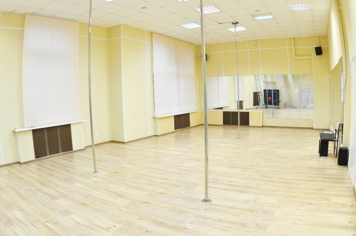 Конференц-залы, танцевальные залы, фитнес залы, залы для тренингов и семинаров